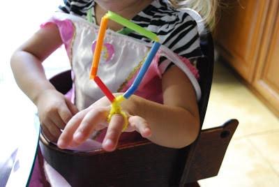 straw ring