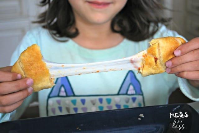 pepperoni pizza crescents