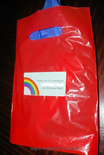 goodie bags for rainbow party
