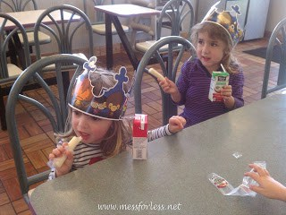 fast food, kids eating