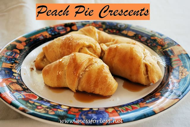 These Peach Pie Crescents take just 15 minutes to make and will taste like something you got at a bakery.