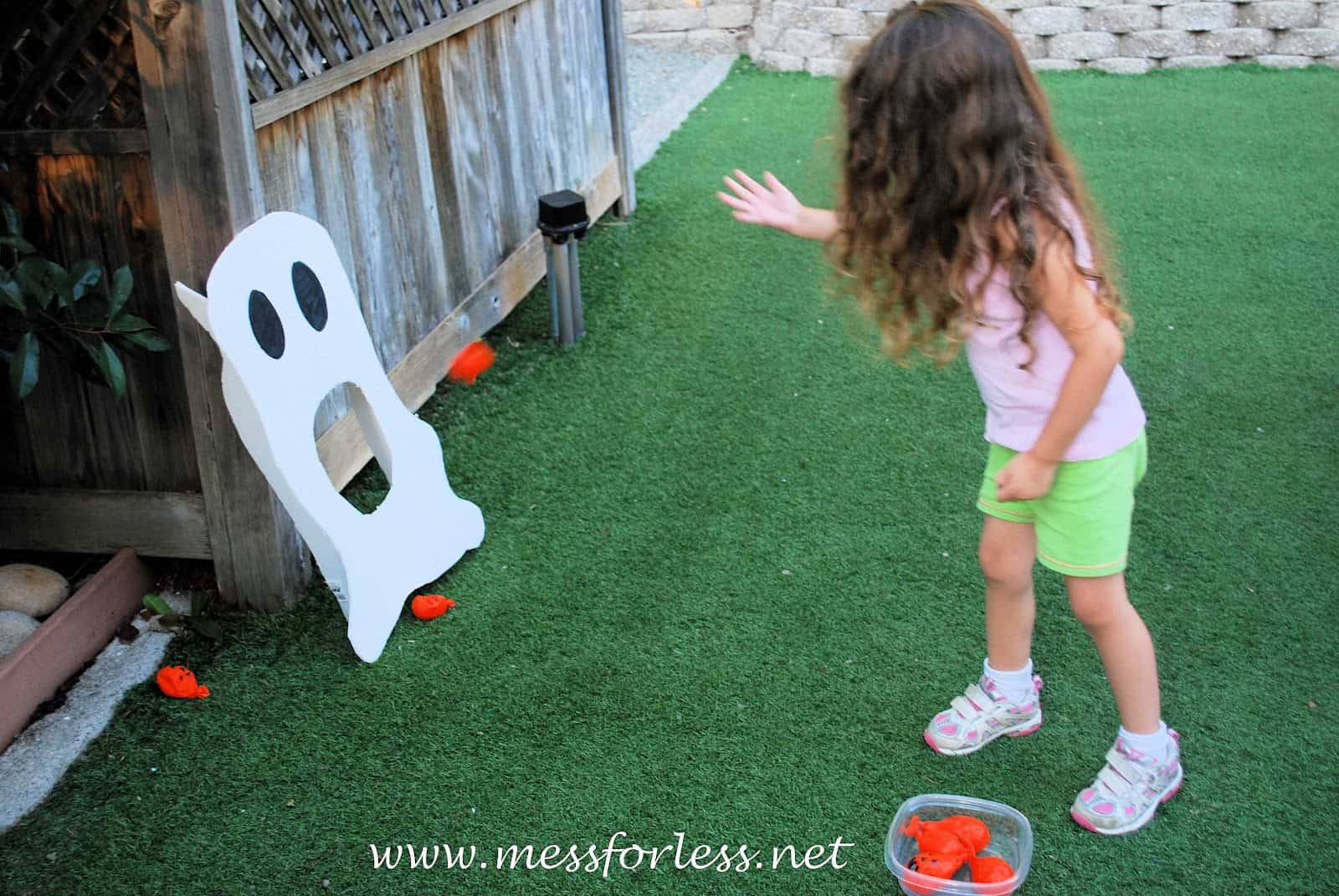 this simple halloween activity was easy and cheap to create and has become a favorite that the kids ask to play again and again