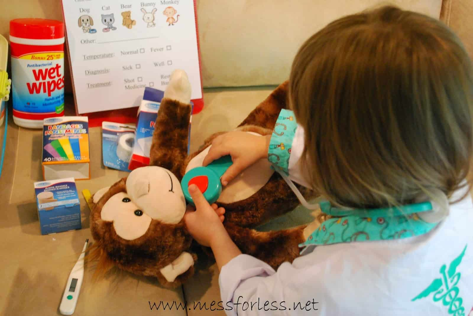 Pretend Play Vets Office with Free Printable Mess for Less