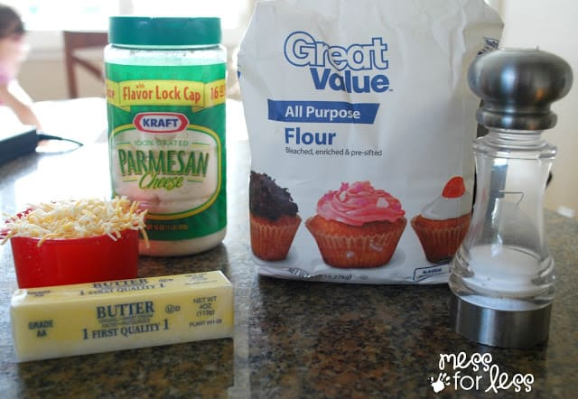 Cheese cracker recipe ingredients