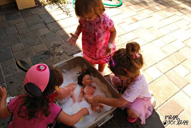 Doll washing