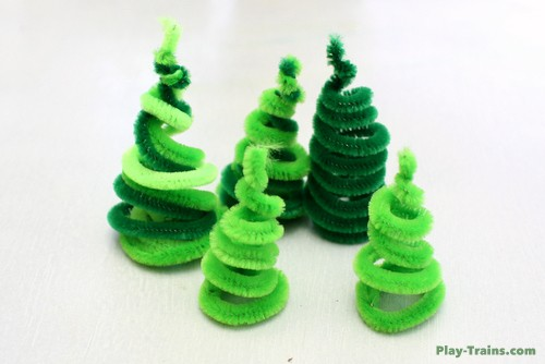 pipe-cleaner-trees