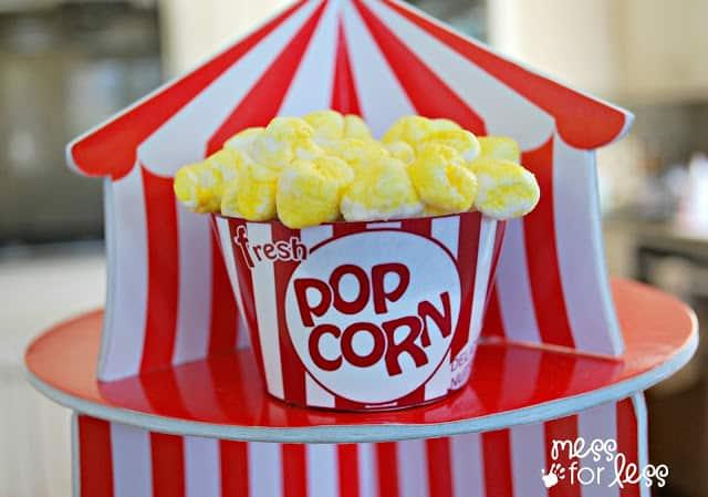 Yummy popcorn cupcakes