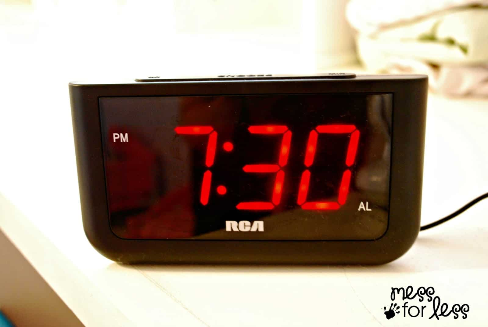 how to stop sleeping through your alarm