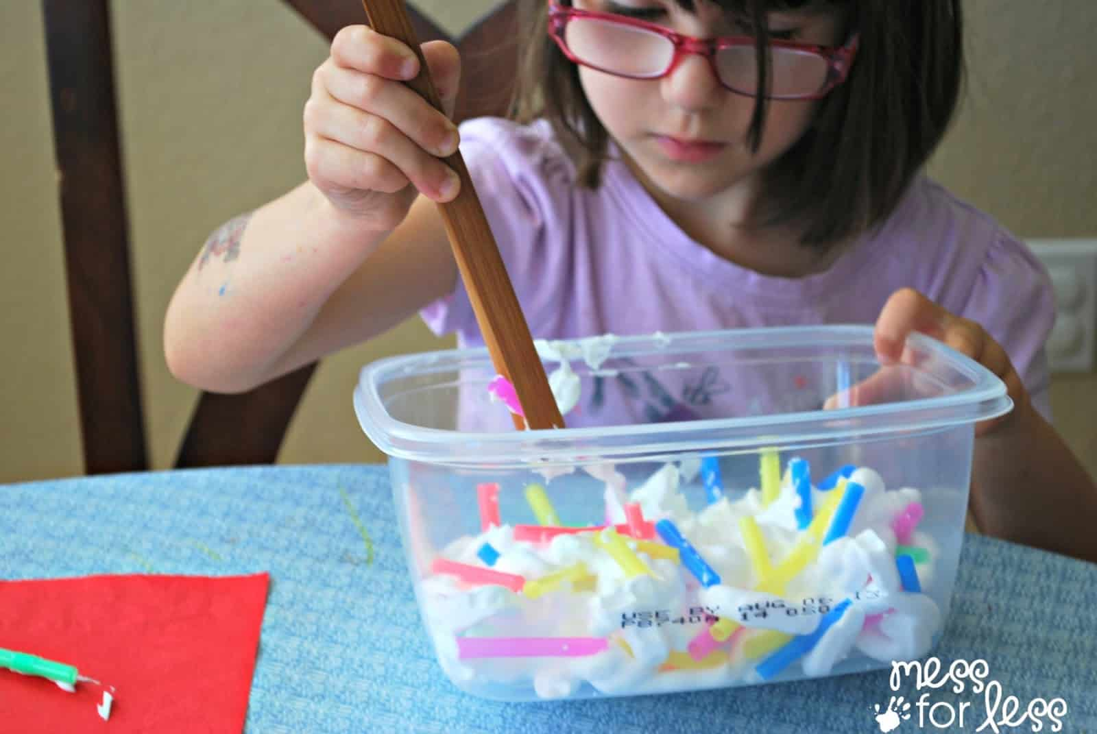 Fine motor practice with straws get ready for k through for Fine motor activities preschool