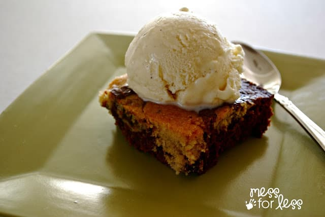 Brownie with ice cream #shop