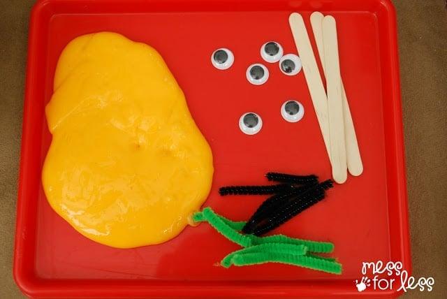 Making Gak Pumpkins