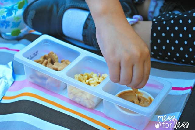 Dipping into Lunchables #shop