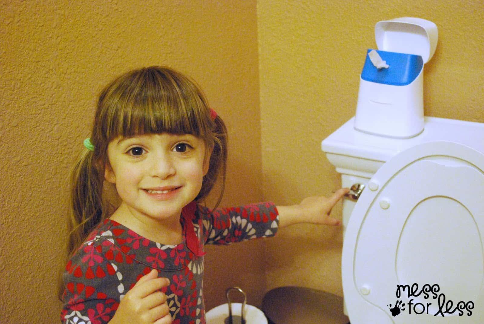 Using the potty #CtnlCareRoutine #PMedia #sponsored