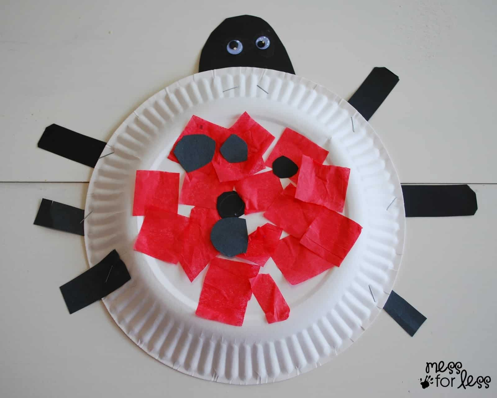 ladybug craft for kids & Paper Plate Ladybug Craft - Mess for Less