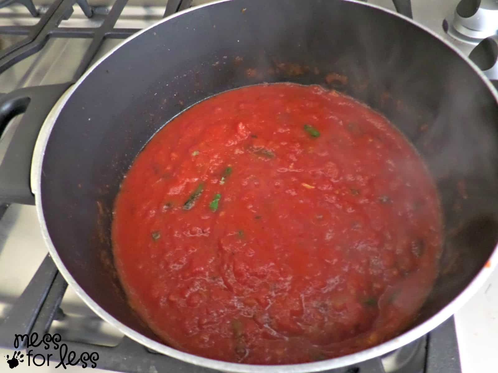 simple marinara sauce recipe #sponsored #PEPCIDTastemakers