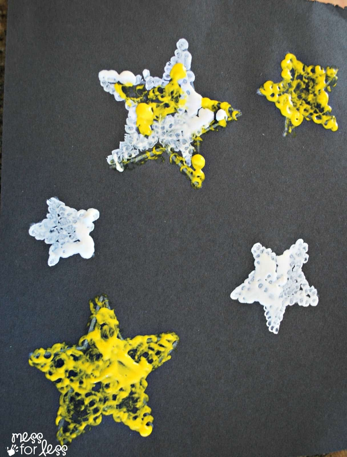 Q-Tip Star Art - A fun kids art project!
