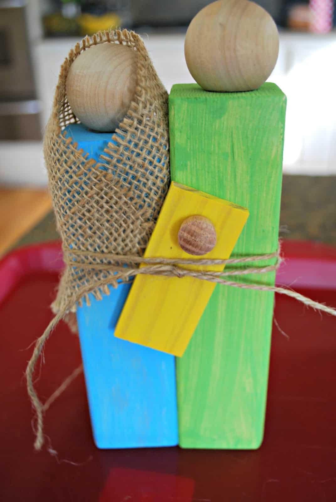 Homemade Christmas Gifts - Wooden Nativity Craft - Mess ...