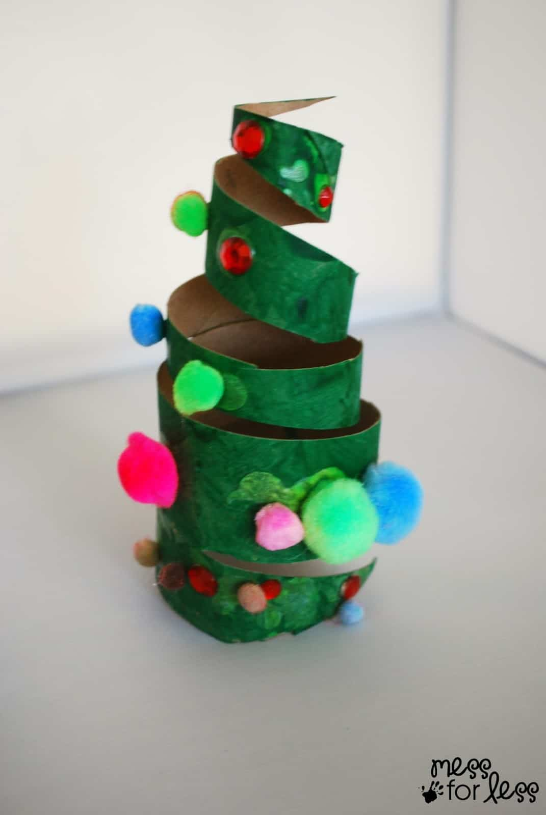 Christmas crafts for kids cardboard tube christmas tree for Free christmas crafts for kids