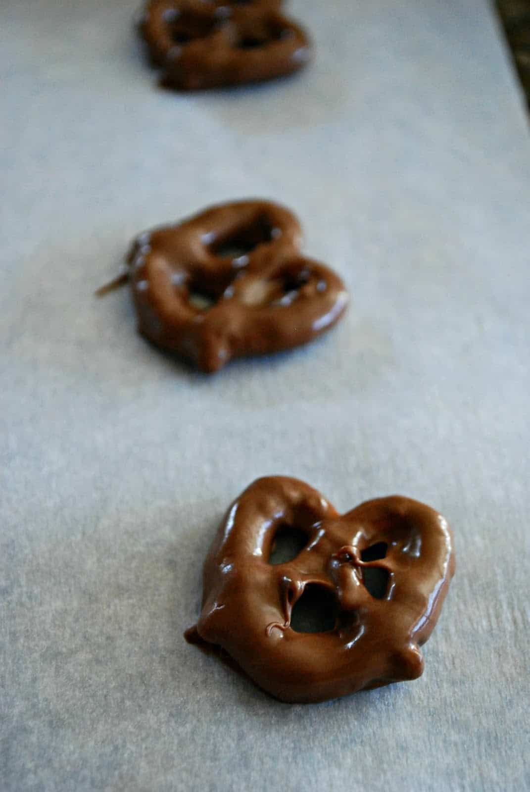 chocolate covered pretzel recipe