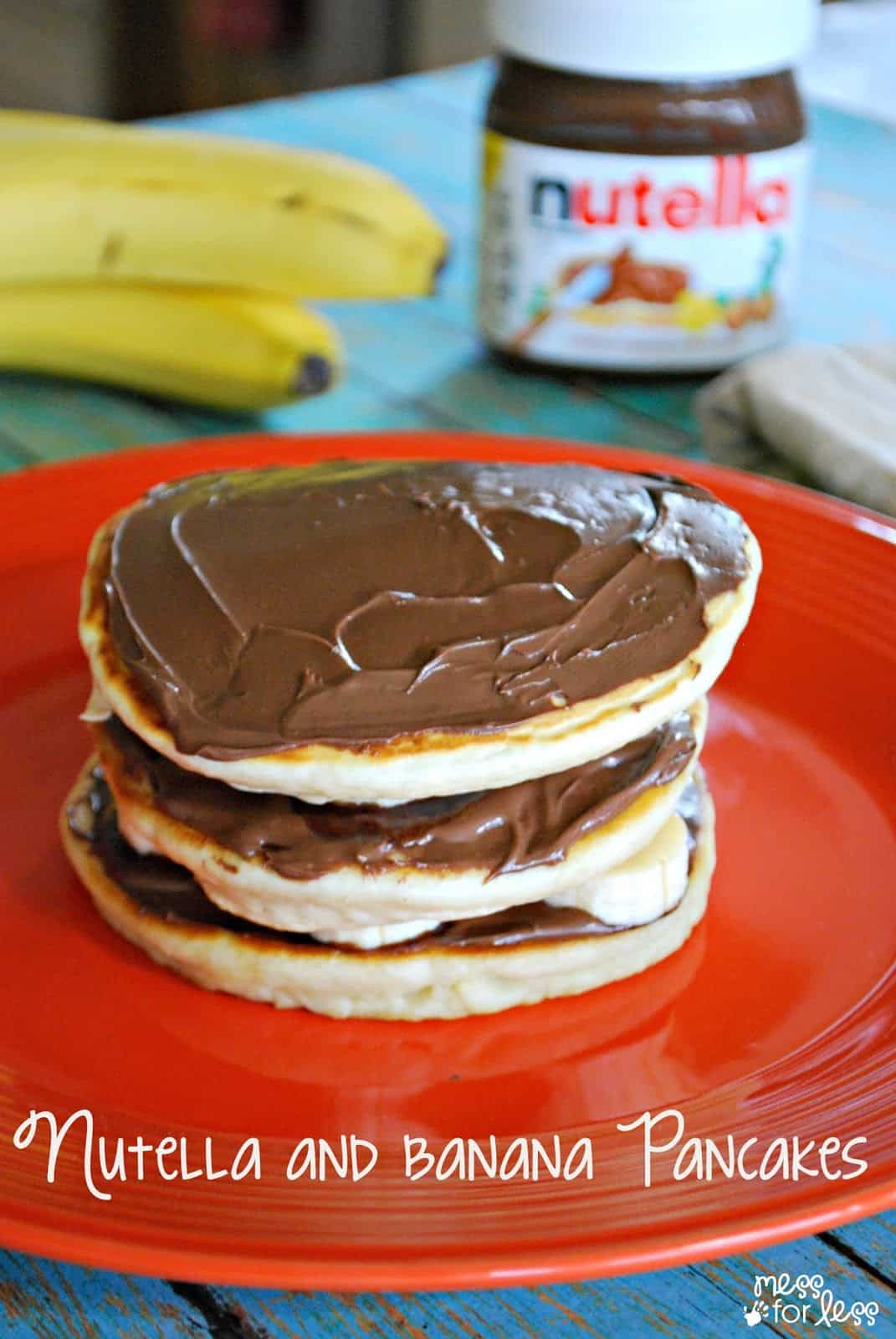 Homemade Pancakes with Nutella and Bananas - Yummy breakfast treat! #sponsored #spreadthehappy