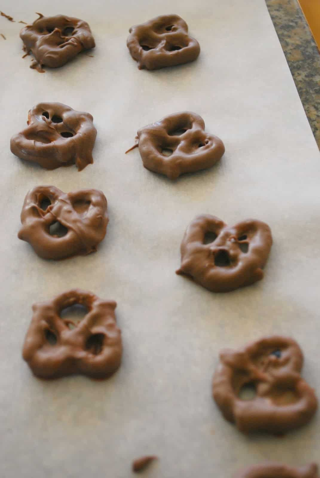 recipe for chocolate covered pretzels