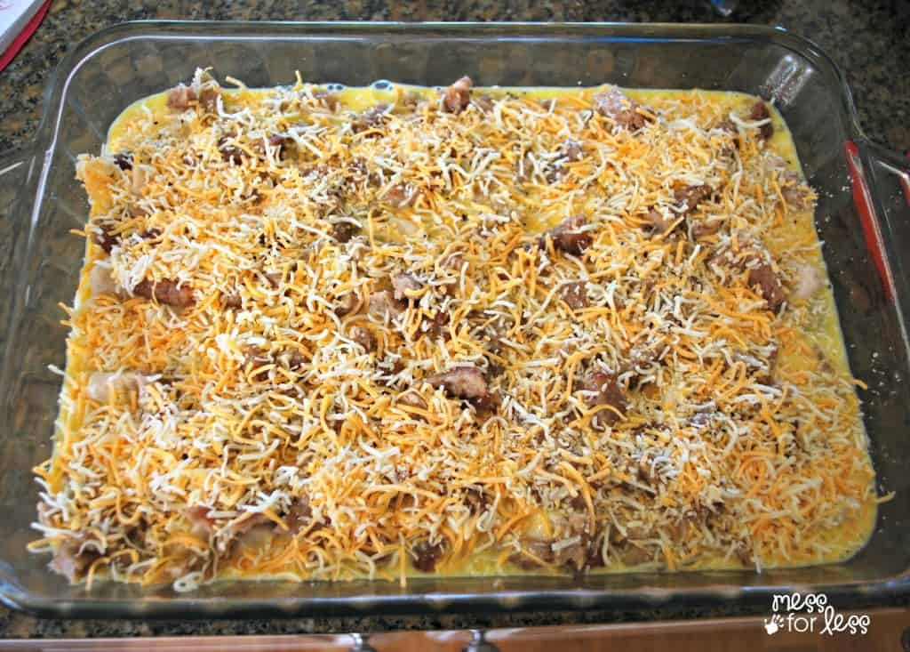 egg and biscuit breakfast casserole
