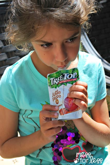 Yummy Tree Top Apple Sauce #RaisingGoodApples AD
