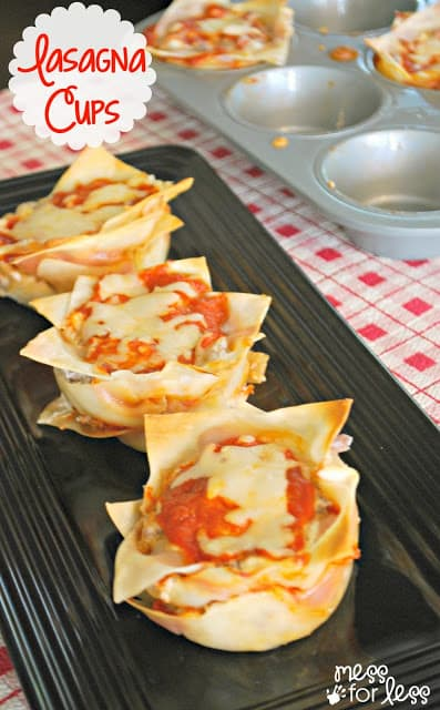How to Make Lasagna Cups - Do you love lasagna but hate the time it takes to prepare? Lasagna Cups are the answer! These are easy to assemble and SO good!