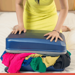 My BEST Clothing Packing Tip (1)