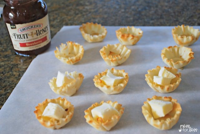 brie and jam cups