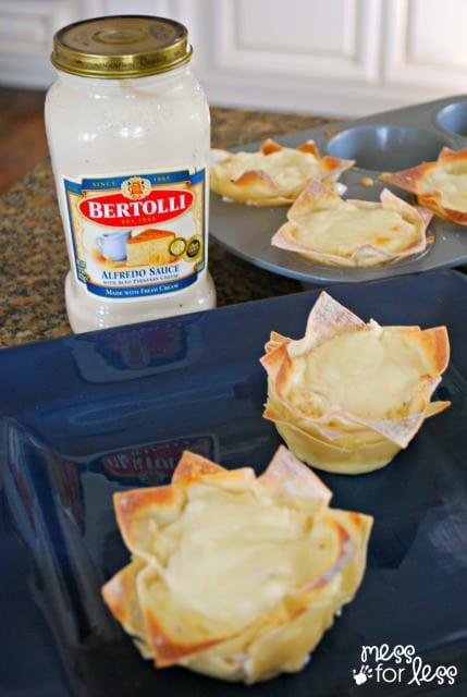 chicken alfredo cups sponsored #BertolliTuscanTour