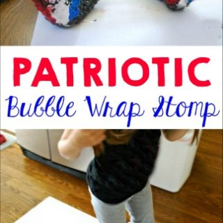 Patriotic Painting with Bubble Wrap
