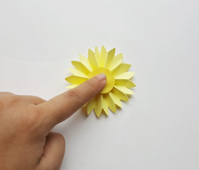 paper flower craft