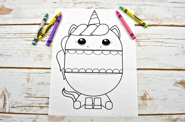 printable unicorn with crayons