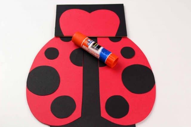 making a ladybug craft