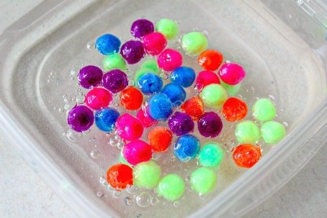 how to make pom pom slime