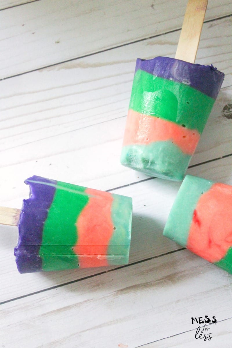 colorful rainbow pudding pops