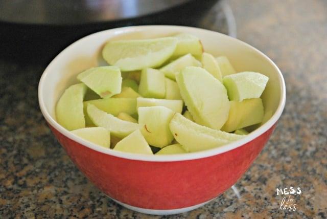 peeled and sliced apples