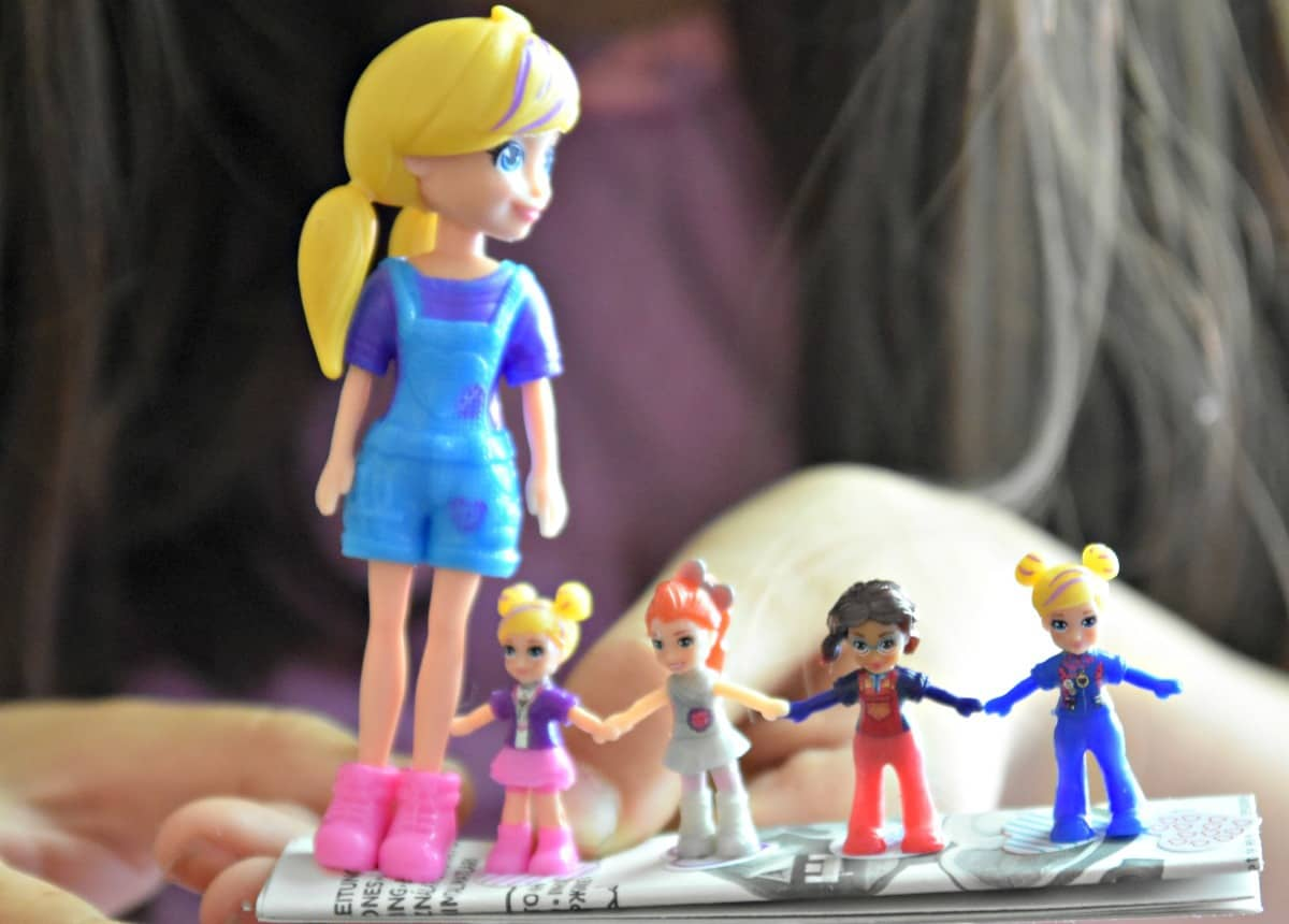 Polly Pocket is Back - Mess for Less