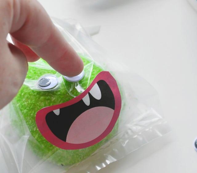 snoball monster cupcakes