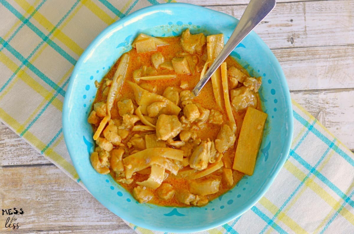 Keto Coconut Curry Chicken in a blue bowl
