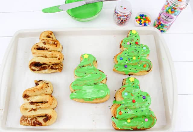 making Christmas Tree Cinnamon Rolls