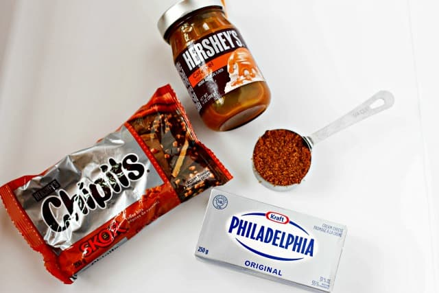 ingredients to make caramel apple dip