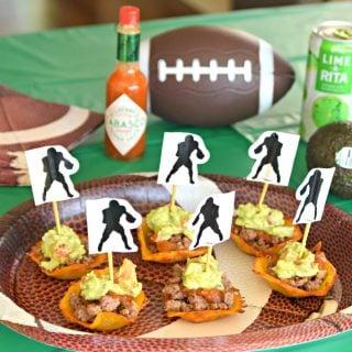 Cheesy Taco Cups with Guacamole