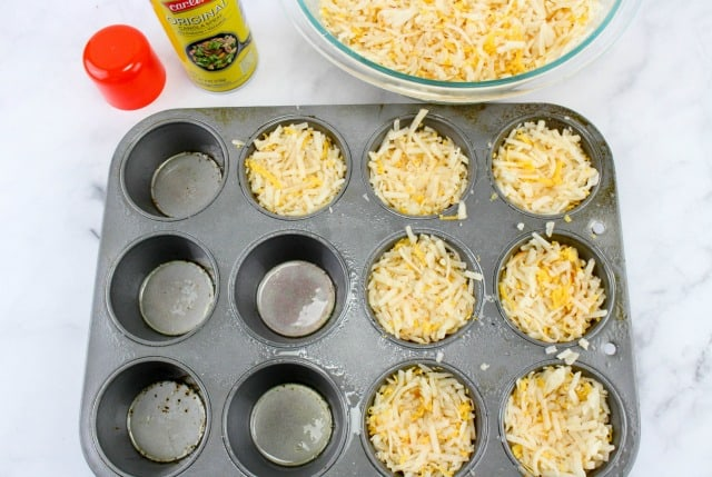 hash browns in a muffin pan