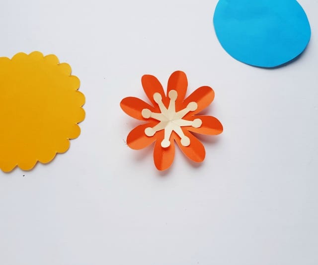how to make a flower craft