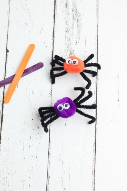 pom pom and pipe cleaner spiders