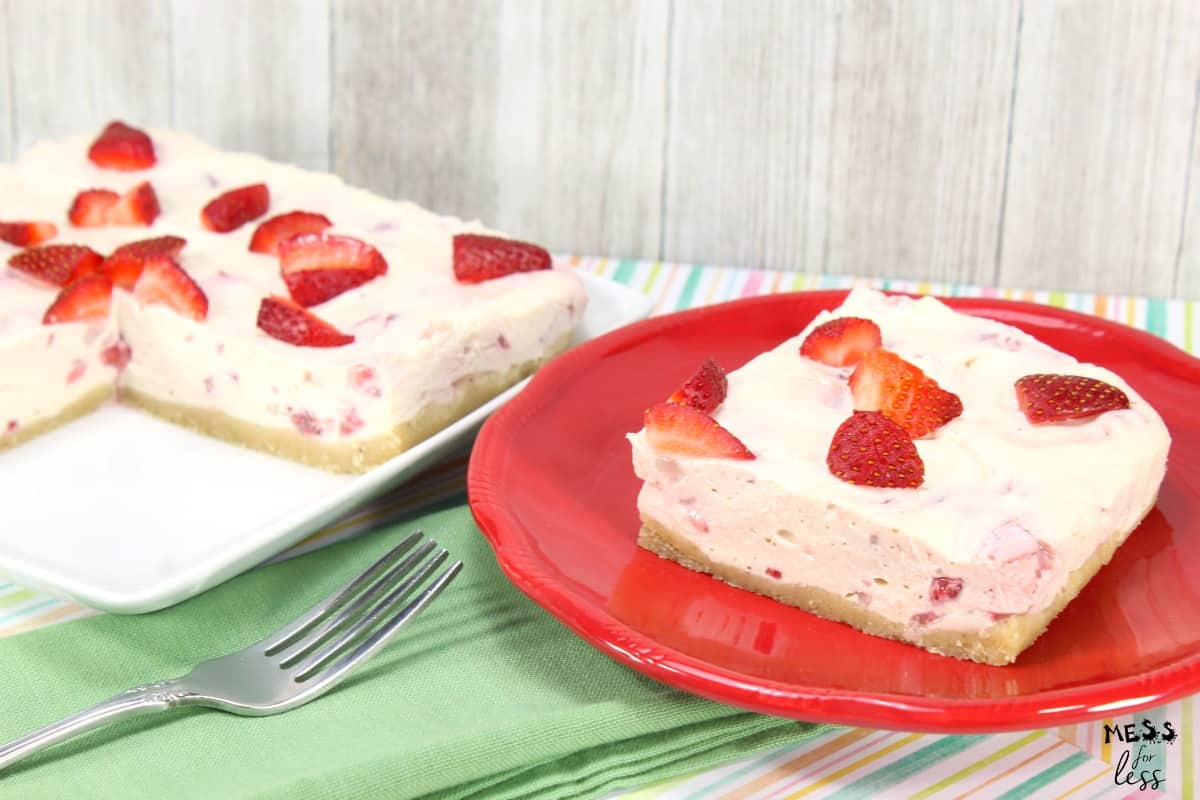 Keto No Bake Strawberry Cheesecake