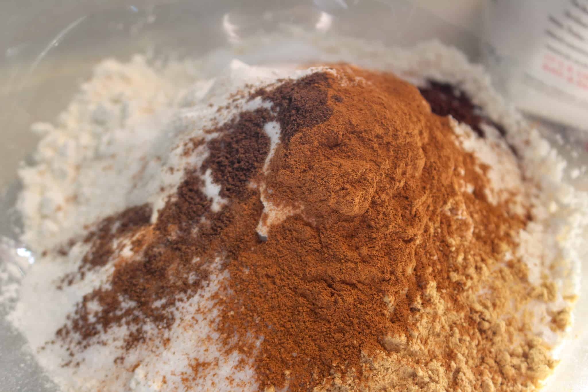 flour and cinnamon in a bowl