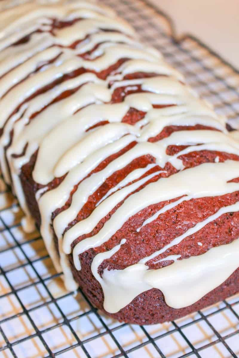 gingerbread loaf with icing